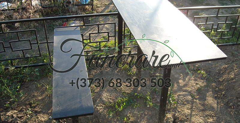 Ритуальные металлические столики и скамейки на могилу 0334