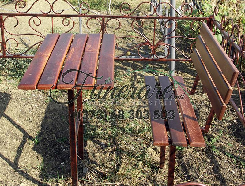 Ритуальные металлические столики и скамейки на могилу 0341