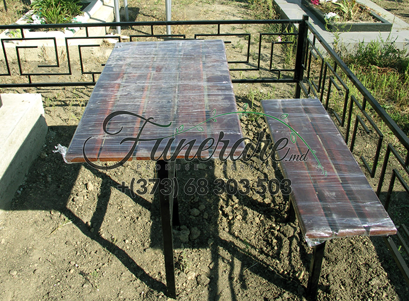 Ритуальные металлические столики и скамейки на могилу 0343
