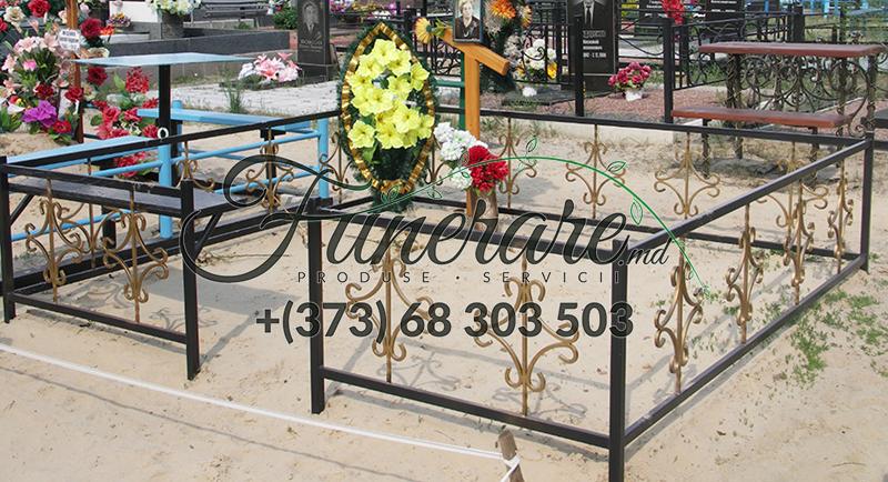 Gard din metal forjat pentru cimitir 0365