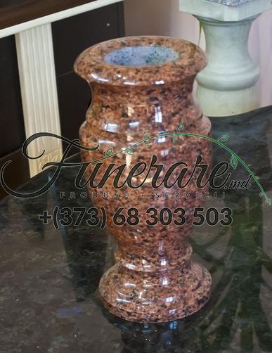 Vaza pentru flori la cimitir 0462